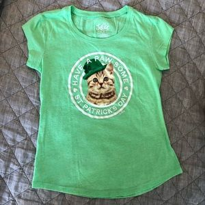 2 For $10🎉☘️Girls Size 7 Justice T-Shirt☘️